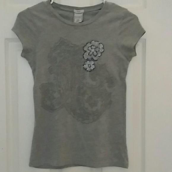 Tops - Unique t-shirt EUC, Juniors or women size xxs
